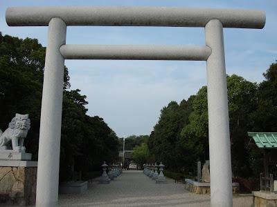 淡路島のパワースポット「伊弉諾神宮(いざなぎじんぐう)」にお参り